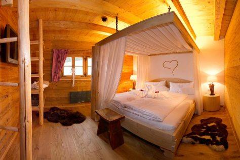 Superior Zimmer - Himmelbett in der privaten Kuschelhütte