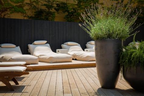 Relaxbereich im Falkensteiner Schloshotel Velden